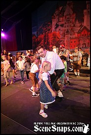 ALPINE_VILLAGE_OKTOBERFEST_SEPT_11_16_0052_P_.JPG